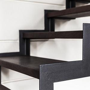 treppen anbieter auf finden. Black Bedroom Furniture Sets. Home Design Ideas